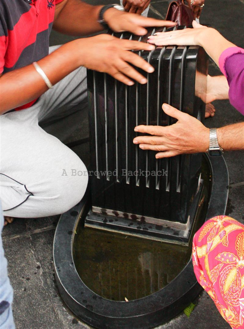 Musical instrument that plays with water