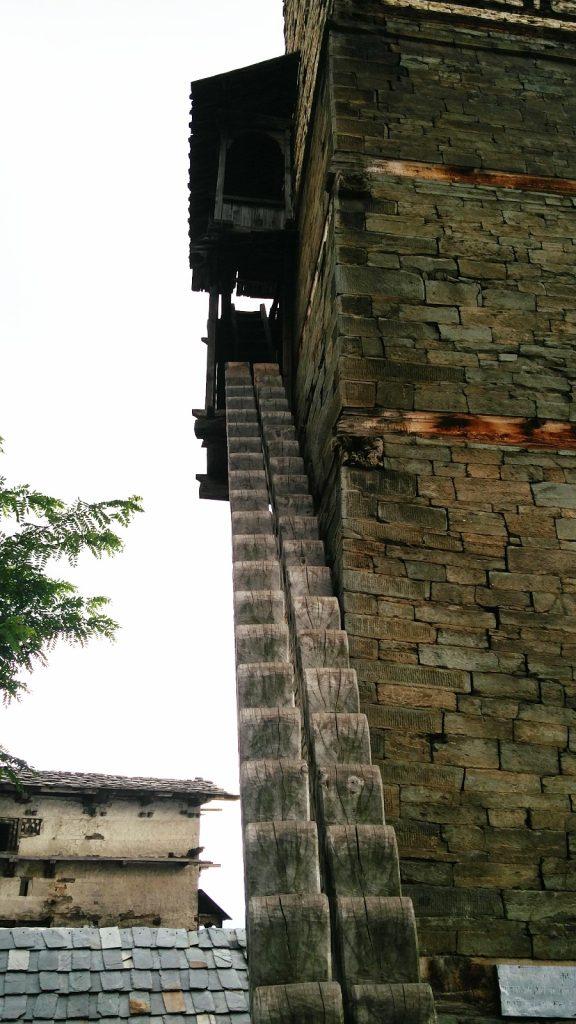 Wooden staircase of Chehni kothi